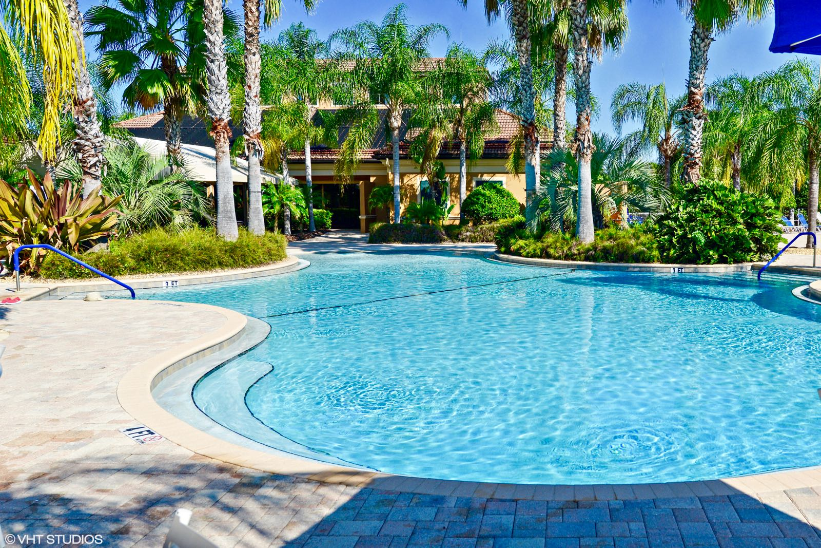 Lagoon-Style Pool with Beach Entry