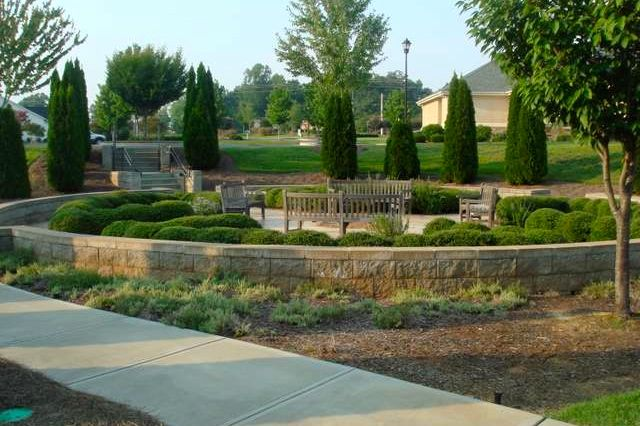 Beautifully Landscaped Community