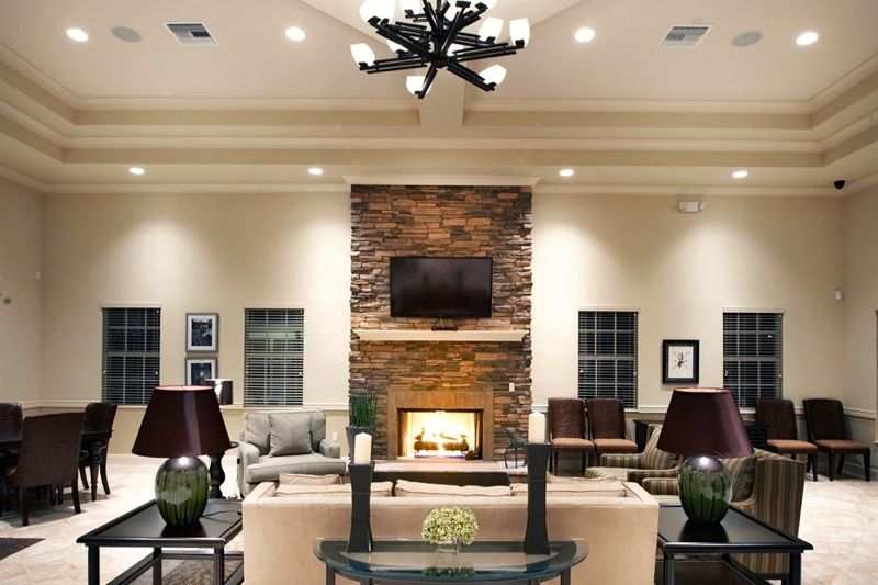 Community Lounge & Fireplace