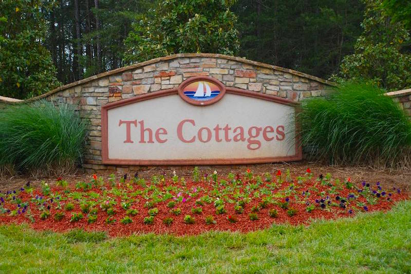 Edgewater The Cottages