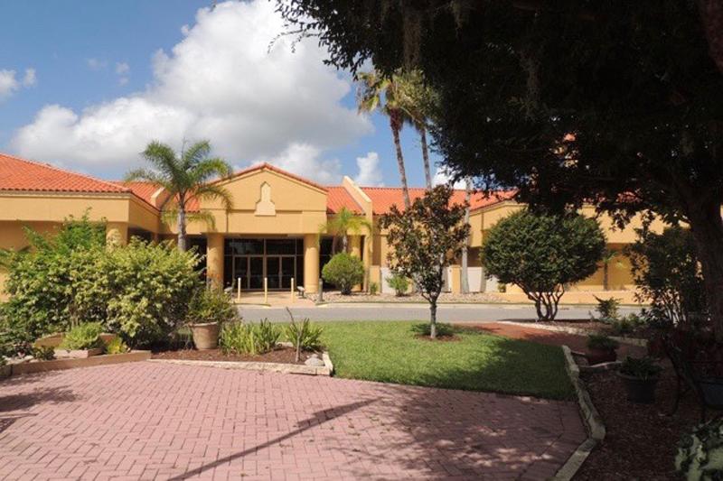 Cypress Lakes | Lakeland, FL | 55places.com Retirement ...