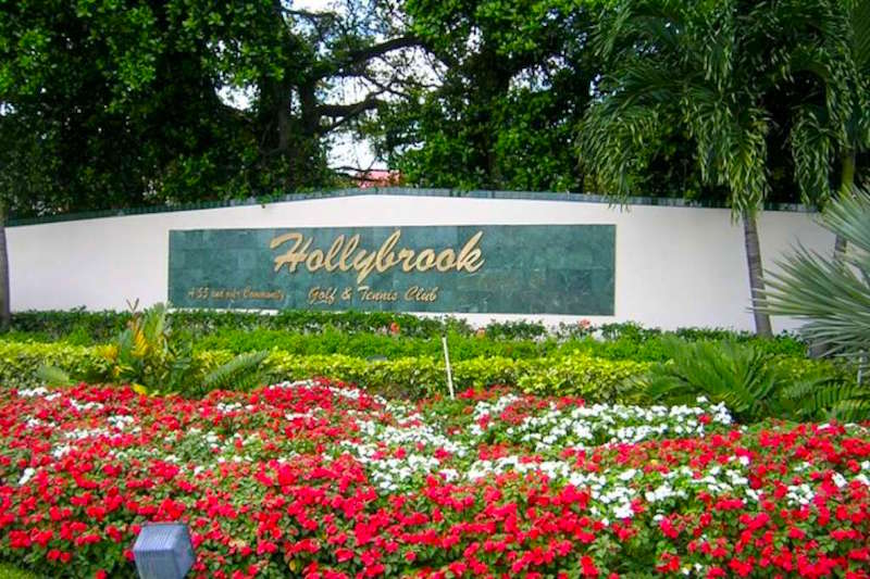 Hollybrook Golf and Tennis Club