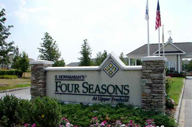 Four Seasons At Upper Freehold Allentown Nj 55places Com Retirement Communities