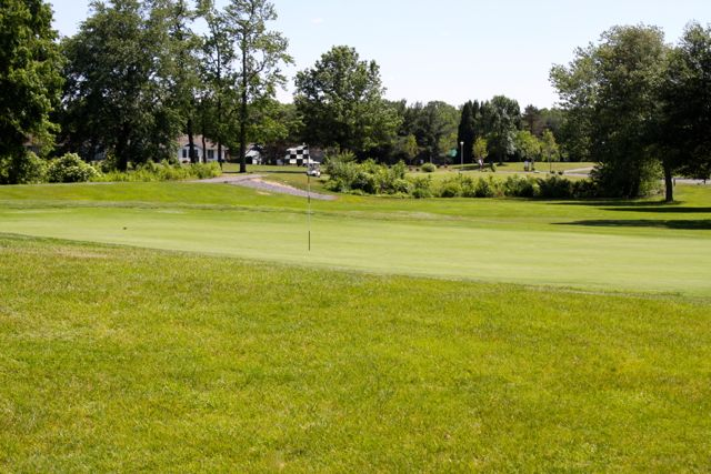 9-Hole Clearbrook Golf Course