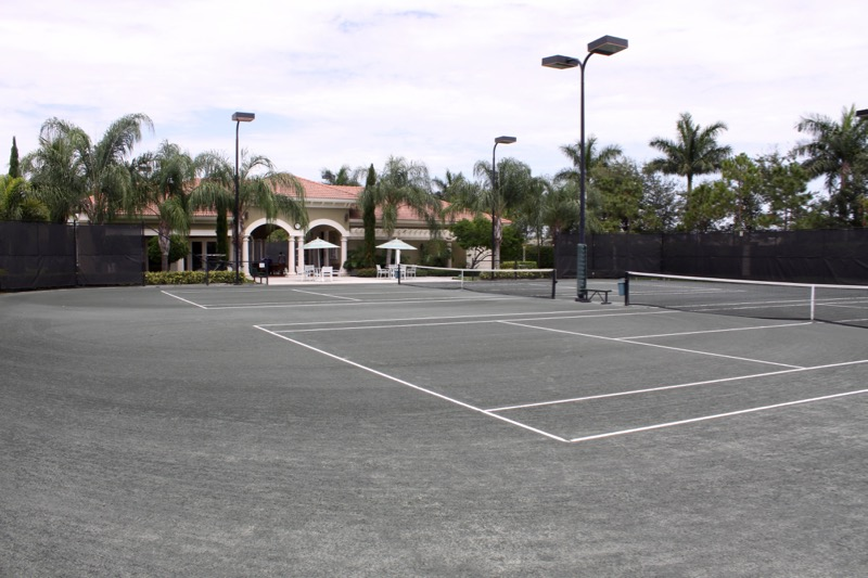6 Lighted Har-Tru Tennis Courts