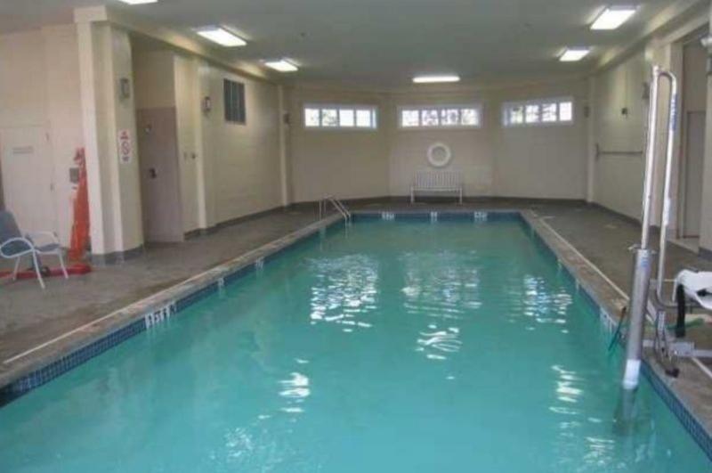 Rosemont estates marlboro nj retirement Retirement villages with swimming pools