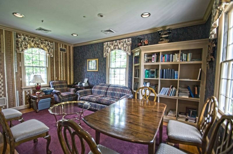 Marsh Mansion Library