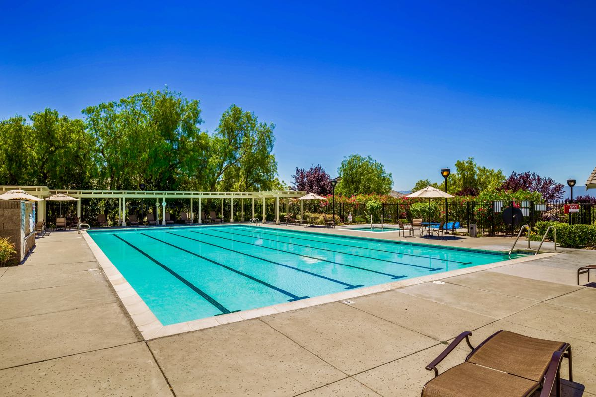 Montgomery Center Outdoor Pool & Spa