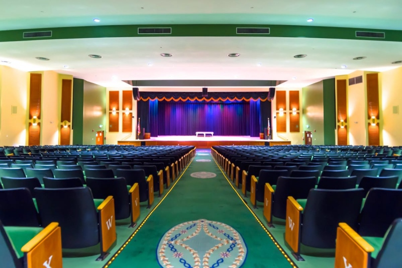 Performance Theater - 1,042 Seats