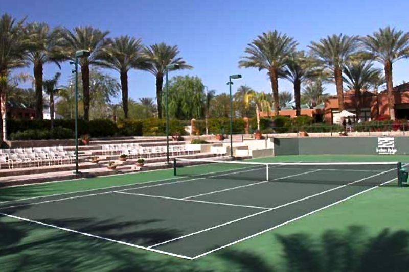14 Lighted Tennis Courts