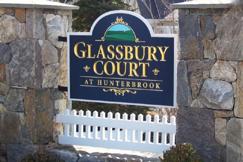 Glassbury Court at Hunterbrook