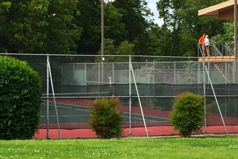 12 Tennis Courts
