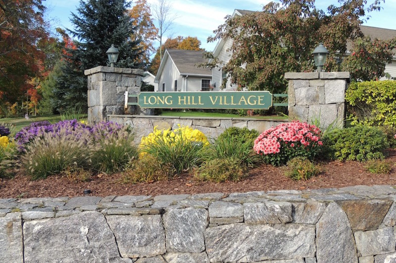 Long Hill Village - Trumbull, CT