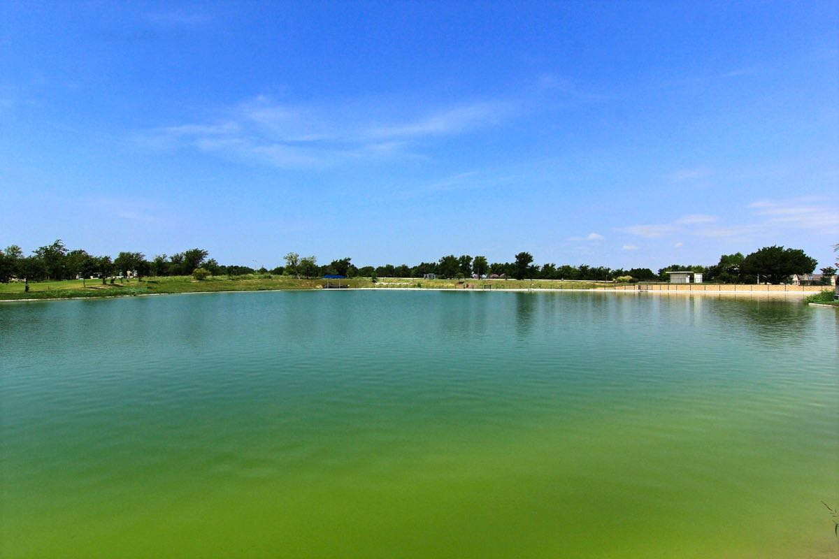 Sun city texas del webb retirement community sun city tx for Lake georgetown fishing